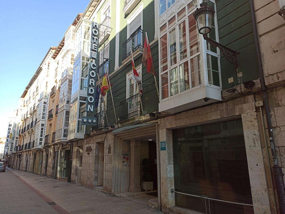 Exterior-Hotel-Cordon