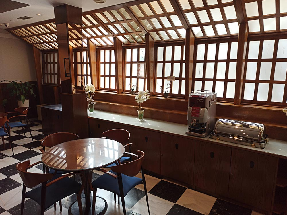 Hotel-Cordon-Cafeteria-2