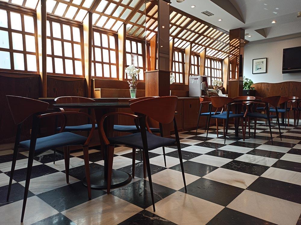 Hotel-Cordon-Cafeteria-3